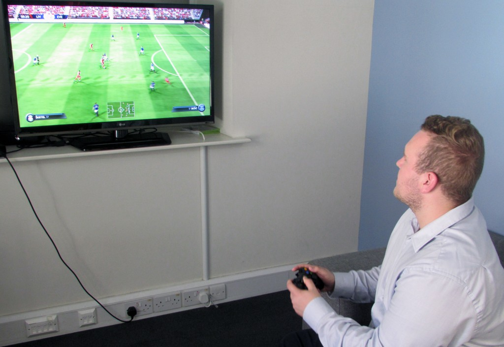 Kyle Maguire playing FIFA at Webrevolve
